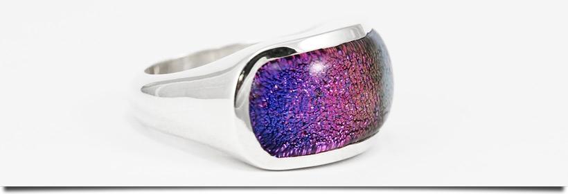 Dichroic Ring